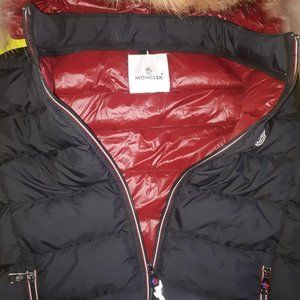 MONCLER WOMEN BLACK FOUNTAIN VEST